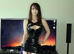 Young woman uber-cute housewife in..